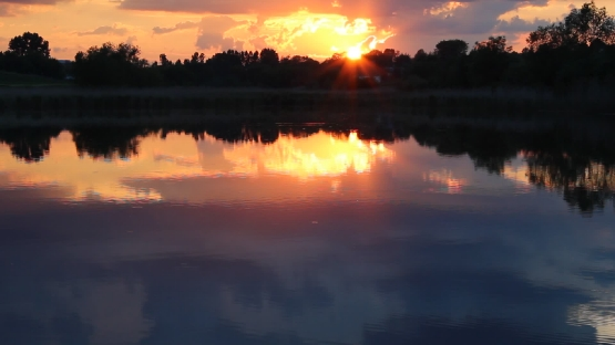 Sunset on the pond