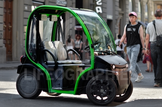 Electric car to rent