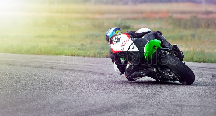An unidentified rider fell on track