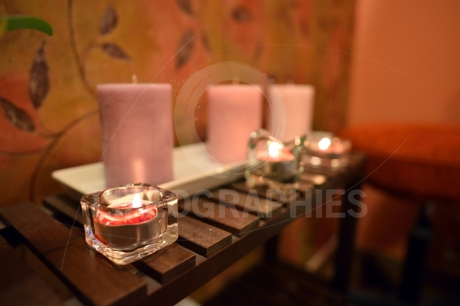 Arrangement for spa with candle lights