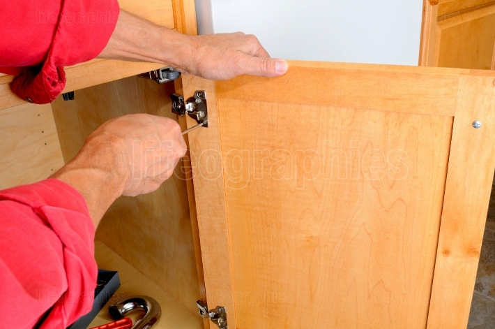 Attaching Hinge to Cabinet