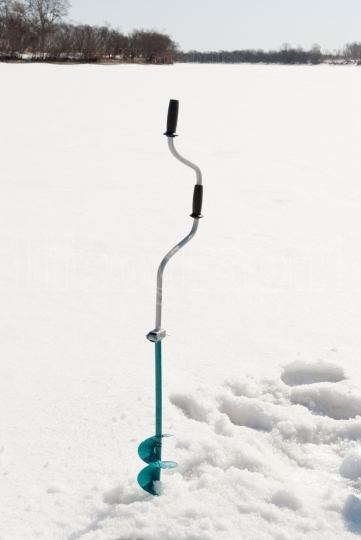 Auger for ice