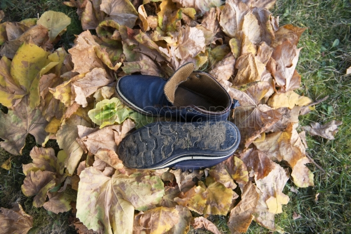 Autumn male used shoes outdoor shooting