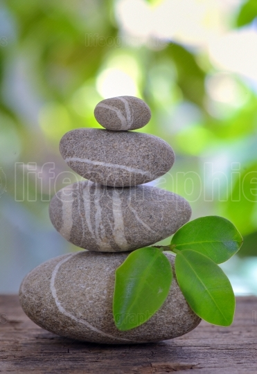 Balanced pebbles isolated