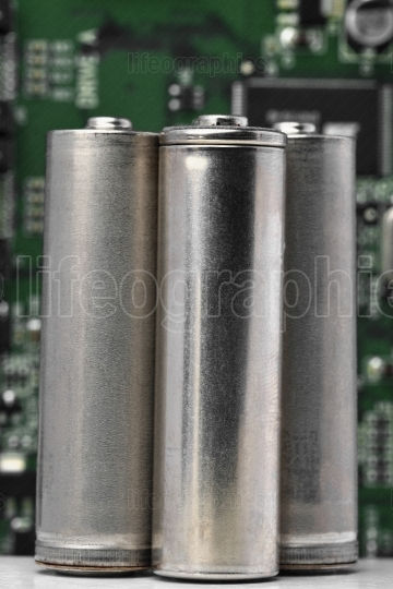 Batteries with logic electronic board.