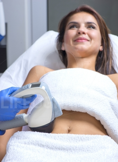 Body treatment device using the latest and finest technological advances