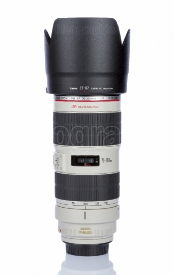 Canon EF 70 200mm f 2 8L IS II