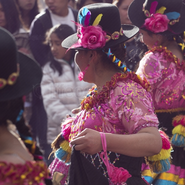 Cusco   peru   june 06, 2016   peruvian dancers at the parade in