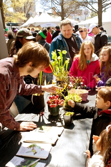Families Look At Carnivorous Plants Exhibited In Atlanta Science