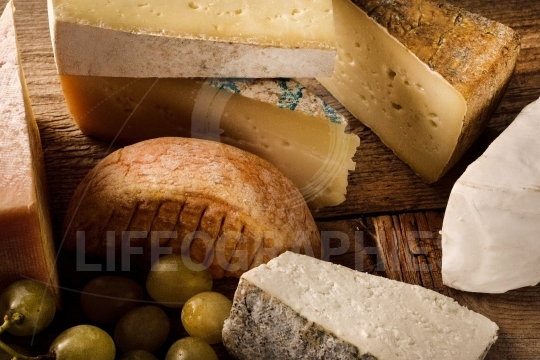 French types of cheese with grapes