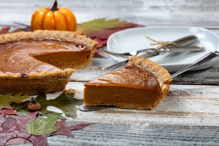 Homemade pumpkin pie for the special Autumn holidays