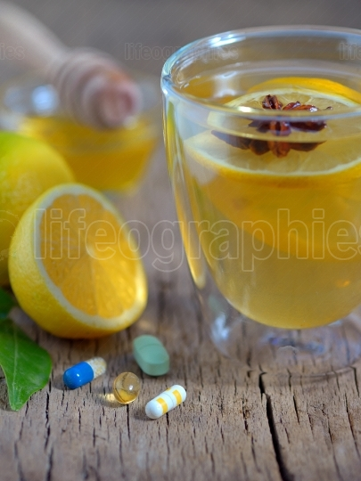 Hot lemon tea and pills