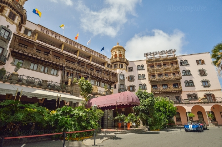 Hotel Santa Catalina was inaugurated in January 1890, it is the oldest of the city of Las Palmas and Canary hotel