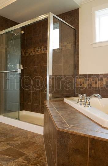 Large Shower in Master Bath Room