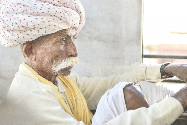Local Punjab shepherd from Jaiselmer wearing Safa