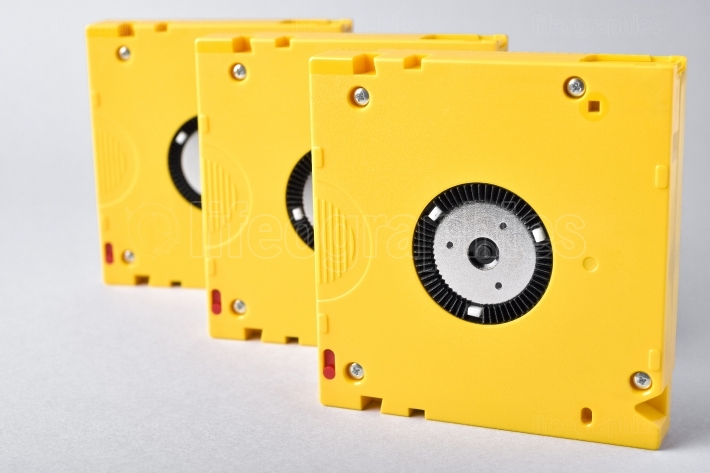 Magnetic tape data storage technology. lto-10