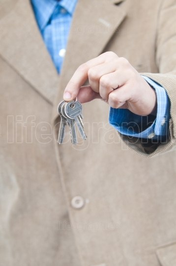 Man giving you house keys