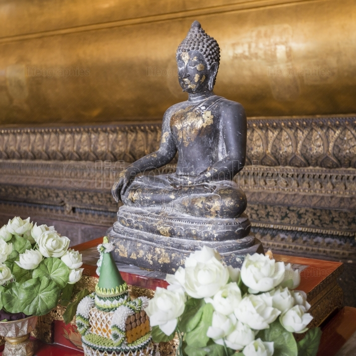 Meditating Buddha in Wat Pho Temple, Bangkok.