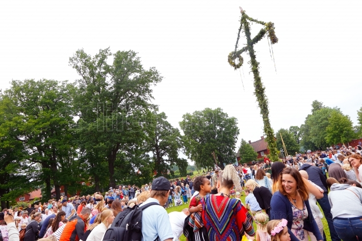Midsummer celebrations with dance