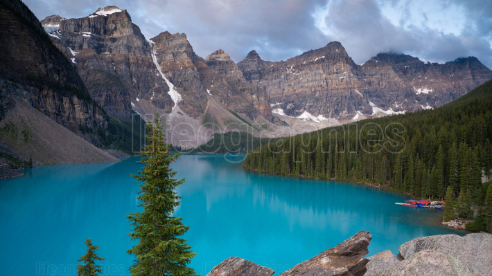 Moraine Lake, Banff National Park, Alberta, Canada