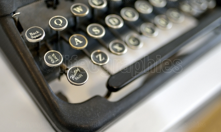 Old typing machine