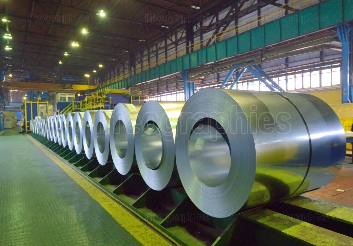 Packed coils of steel sheet