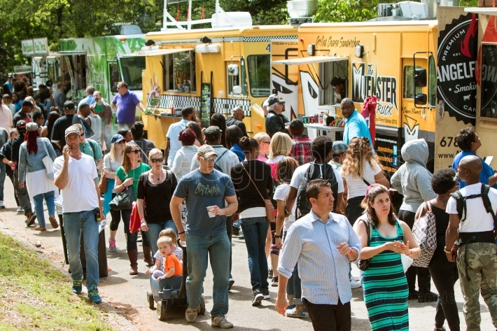 People Buy Meals From Wide Selection Of Atlanta Food Trucks