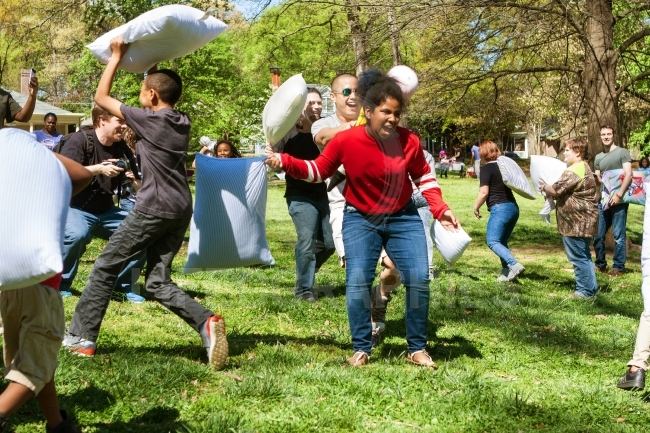 People Enjoy Hitting Each Other On International Pillow Fight Da