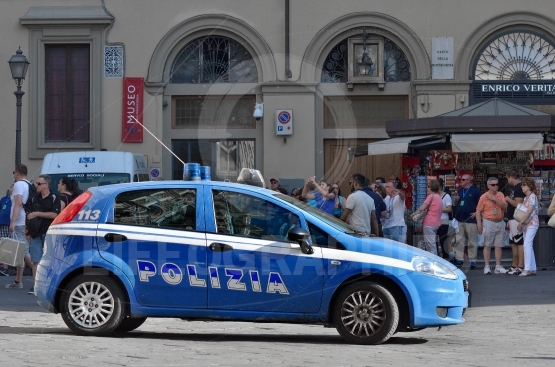 Police car is fiat grendepunto