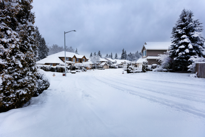 Rare snow storm in Northwest United States with residential home