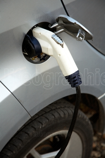 Recharging of electric cars