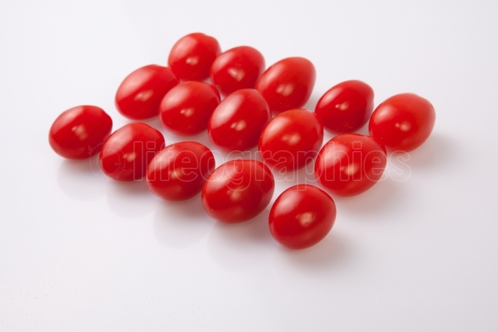 Red shiny cherry tomatoes