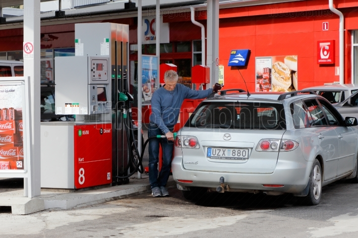 Refueling the car