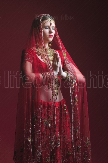 Royal hindu bride