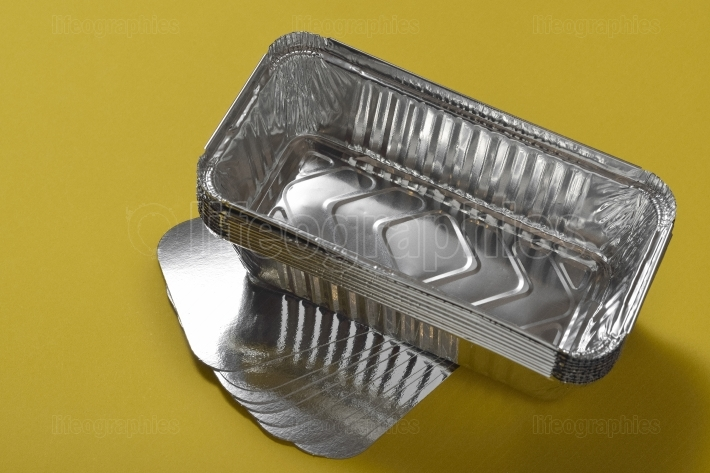 Set of aluminium foil tray