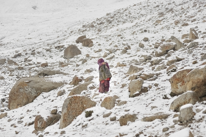 Shimshali old woman from Upper Shimshal village (5400m)