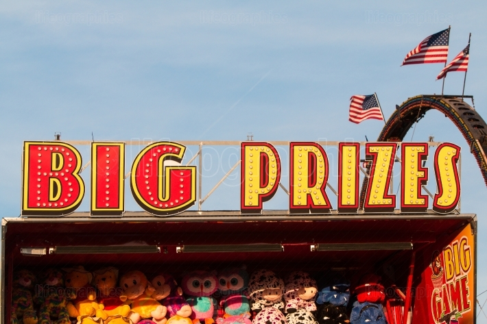 Sign says big prizes at county fair carnival game