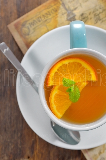Tea and orange slices