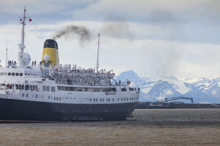 Tourists boarding cruise ship. svalbard. norway